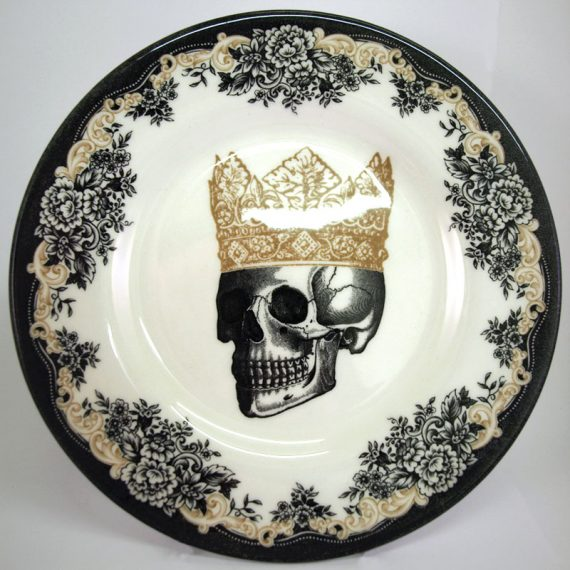 Royal Stafford King Skull 21cm Side Plate
