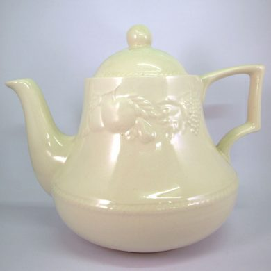 Royal Stafford Lincoln Teapot